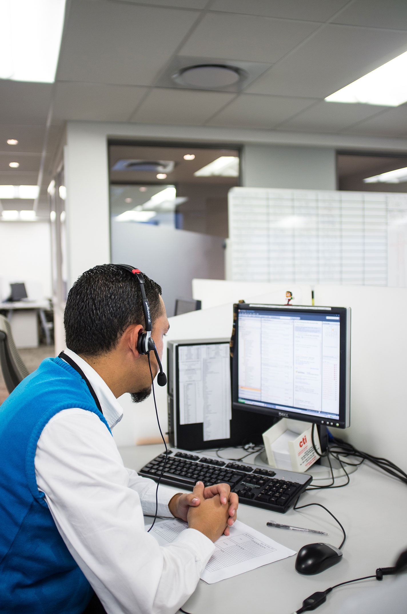 Outsource Outbound Call Centre Services